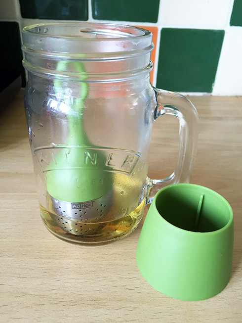 I love to make iced tea in my kilner jars, this is the perfect infuser as it fit's right in to them so you only need a little water.